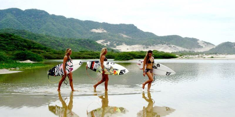 girls and surfing